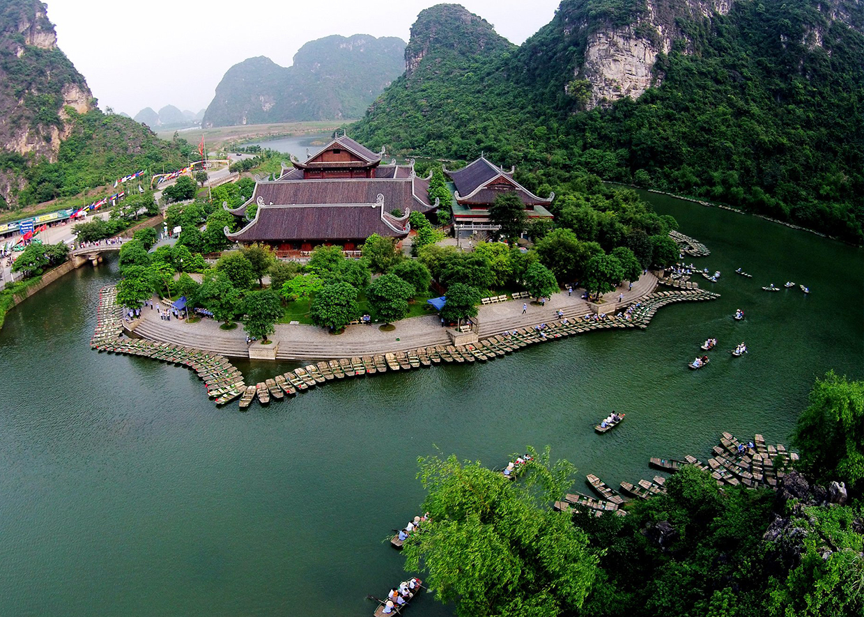 service a - Top 10+ Unique & Amazing Things To Do in Ninh Binh,  Vietnam – Updated 2021